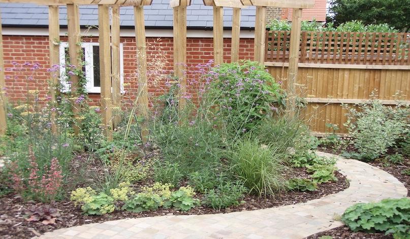 Planters garden design north london jilayne rickards for Garden design north london