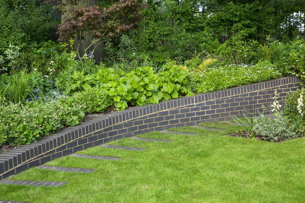 Modern Woodland Garden Design East Finchley London N2