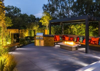 Intimate lighting with firepit