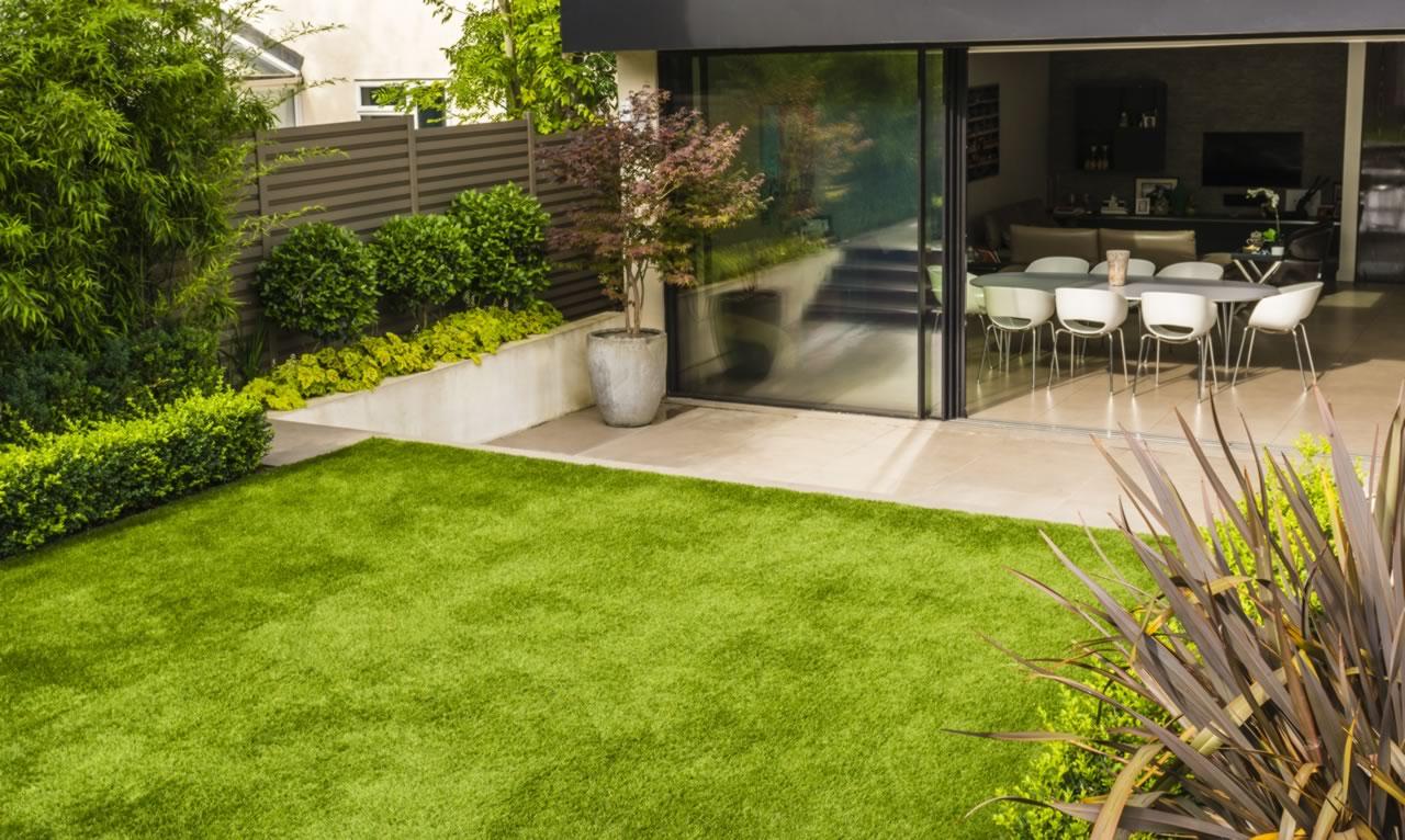 Contemporary Town Garden Finchley N3 - Jilayne Rickards ...